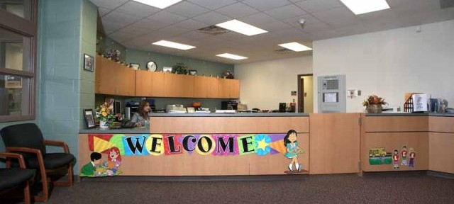 Lee ES Front Office (1)